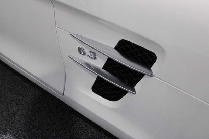 Mercedes-Benz SLS Roadster 6.3 AMG Volledig carbon, B&O afbeelding 13
