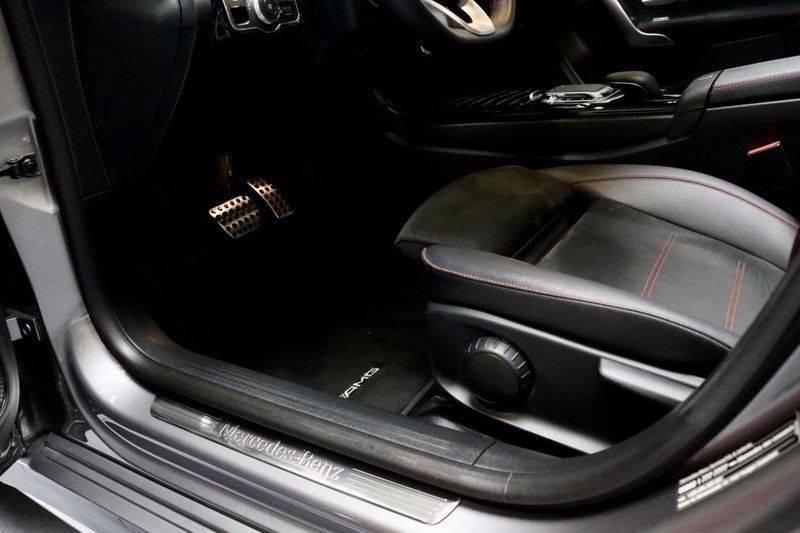 Mercedes-Benz CLA-Klasse 220 Premium Plus AMG|NIGHT|PANO|TREKHK Mercedes-Benz CLA-klasse 220 Premium Plus afbeelding 13