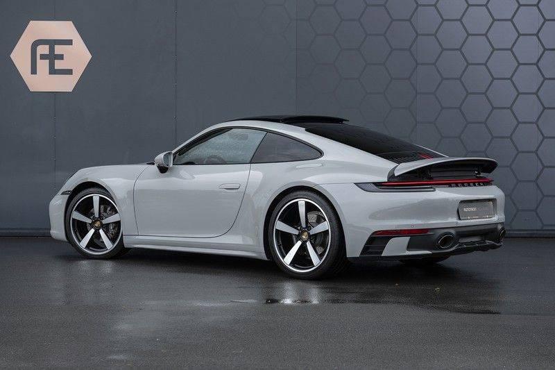 "Porsche 911 3.0 Carrera Sport Design Pack, ACC, Lifting, Pano, Sportuitlaat, Klimaatstoelen, 21"", PPF, SportChrono, Nightvision, BOSE Surrou afbeelding 3"