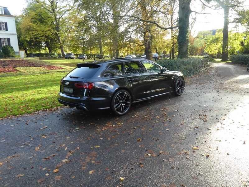 Audi RS6 Avant 4.0 TFSI Performance, Akrapovic afbeelding 20
