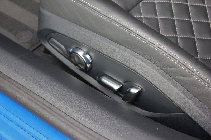 Audi R8 5.2 V10 Performance Quattro 620pk **Keramisch/B&O/Carbon/DAB/Camera** afbeelding 18