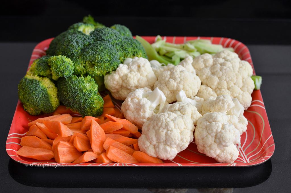 Broccoli, cauliflower and carrots ready for stir-fry