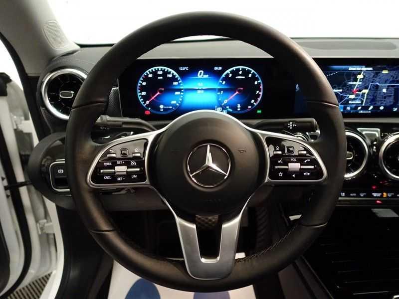Mercedes-Benz CLA-Klasse AMG Night Edition Autom- Panodak, MBUX Widescreen, Leer, 2dkm! afbeelding 11