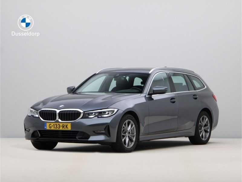 BMW 3 Serie Touring 330i Executive Edition afbeelding 1