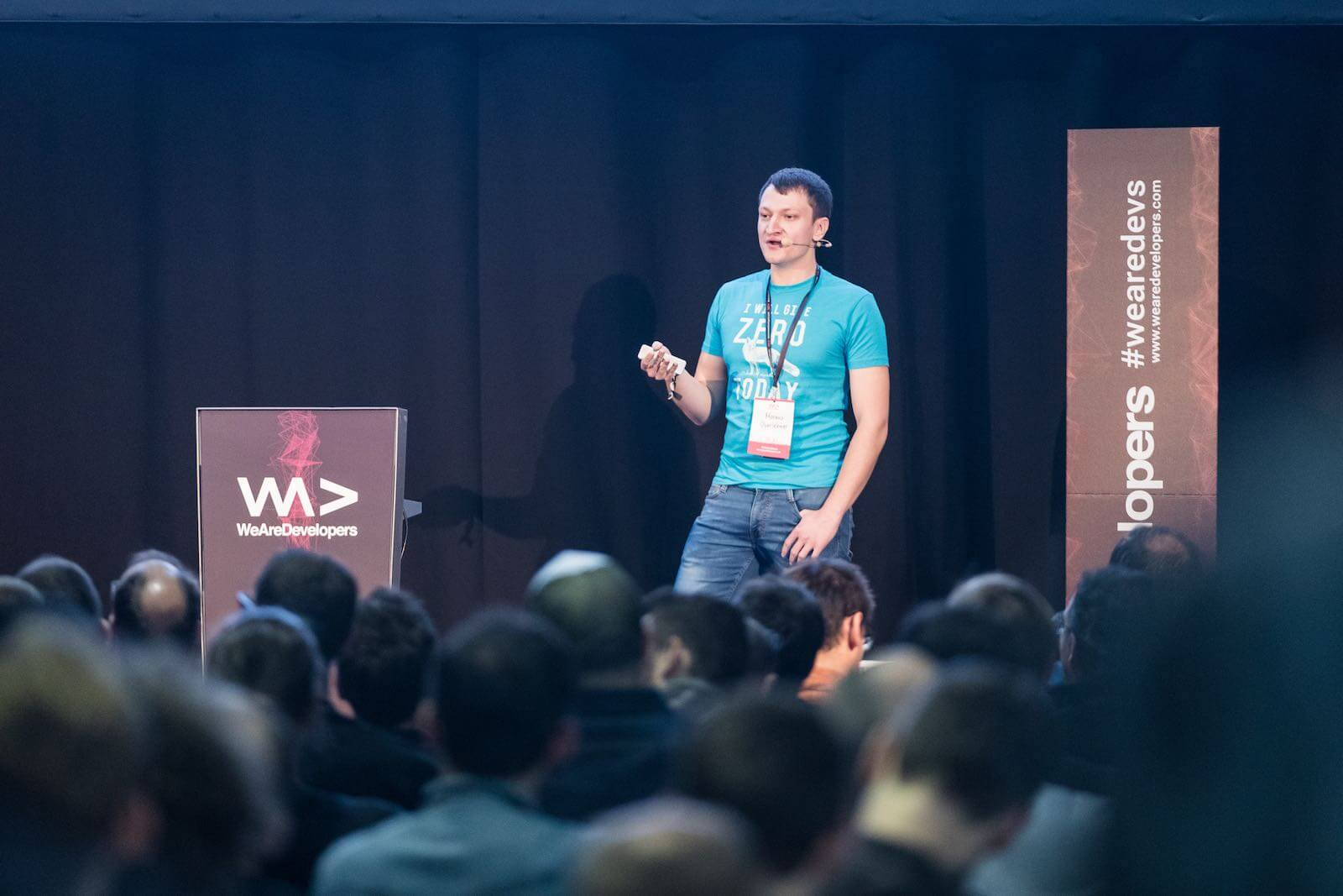 Markus Oberlehner on the stage at the WeAreDevelopers conference 2017