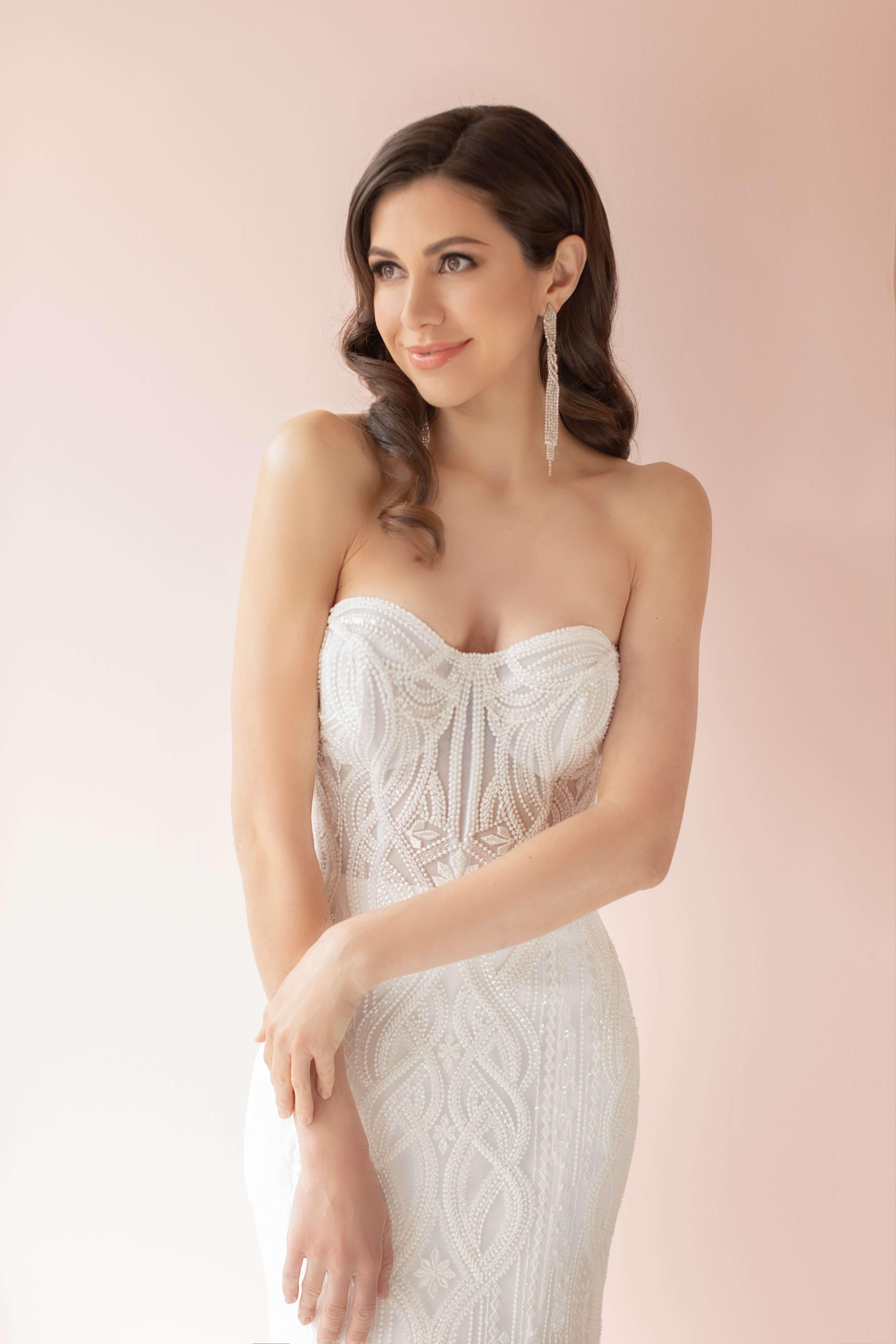 luxury wedding dress designer weding gown montreal lilia haute couture