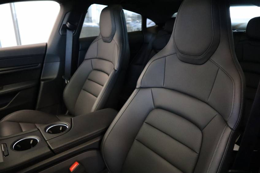 Porsche Taycan 4S Performance 571pk! | Prijs ex.btw 99000,- | Full-Led Sport-Chrono Panoramadak Warmtepomp afbeelding 12