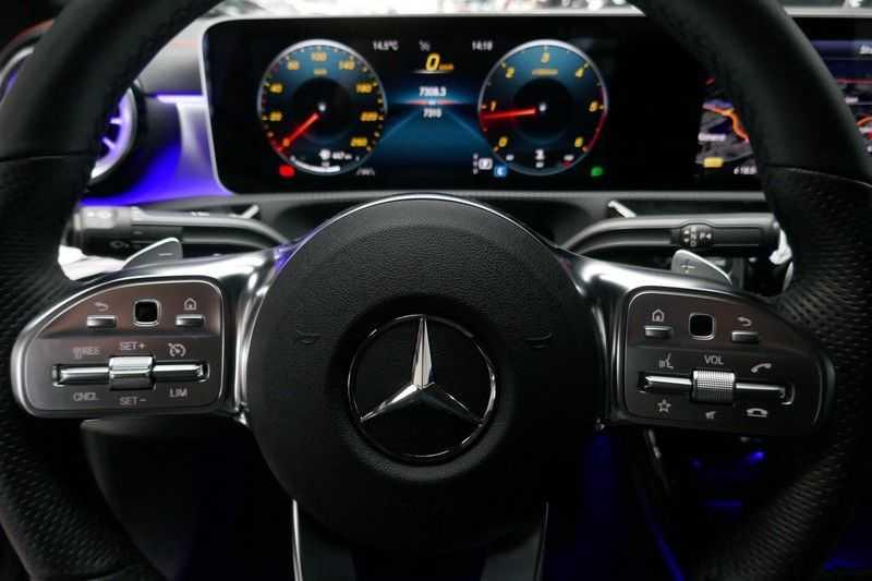 Mercedes-Benz CLA-Klasse 200 d /// AMG Edition 1 Nightpakket - Sfeer verlichting afbeelding 15