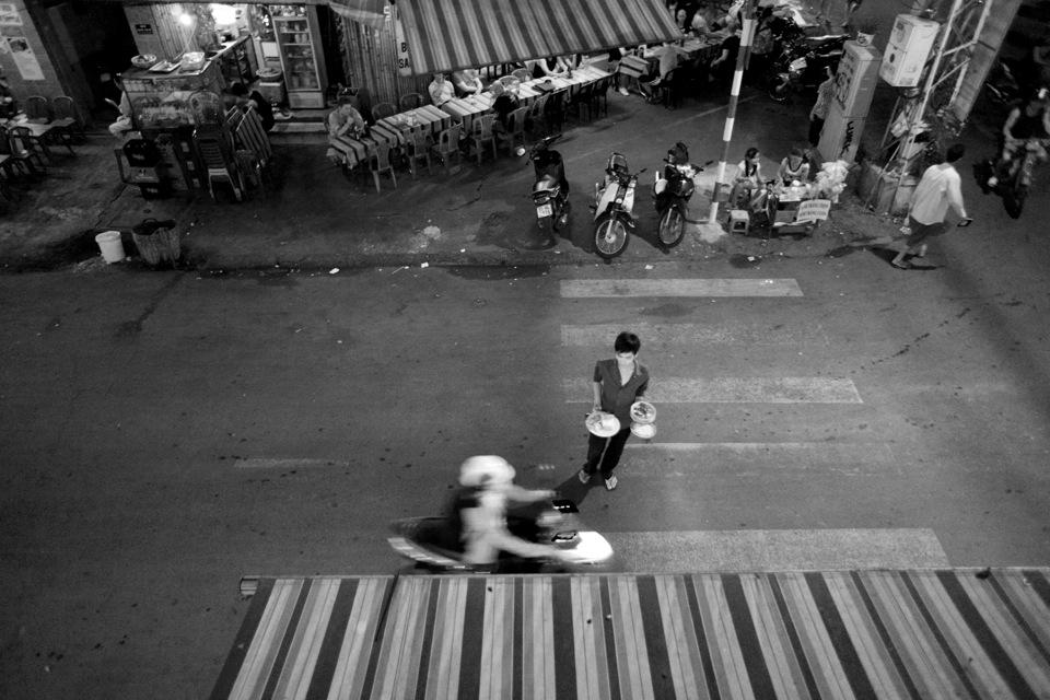Food crossing street