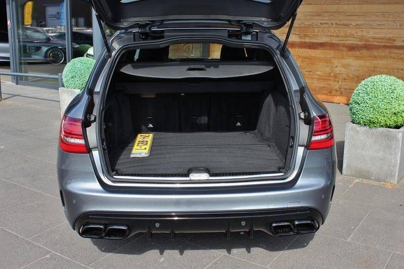Mercedes-Benz C-Klasse C63 AMG 4.0 V8 Estate 476pk! **360°Camera/Burmester/Spoorassistent** afbeelding 9