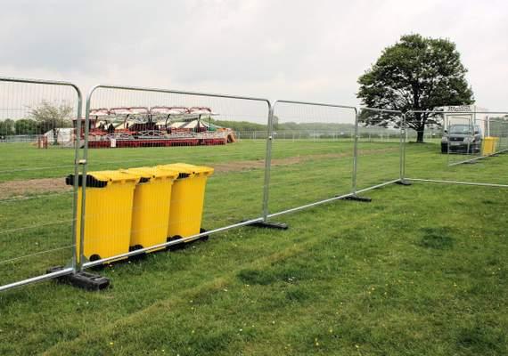 Temporary event fencing
