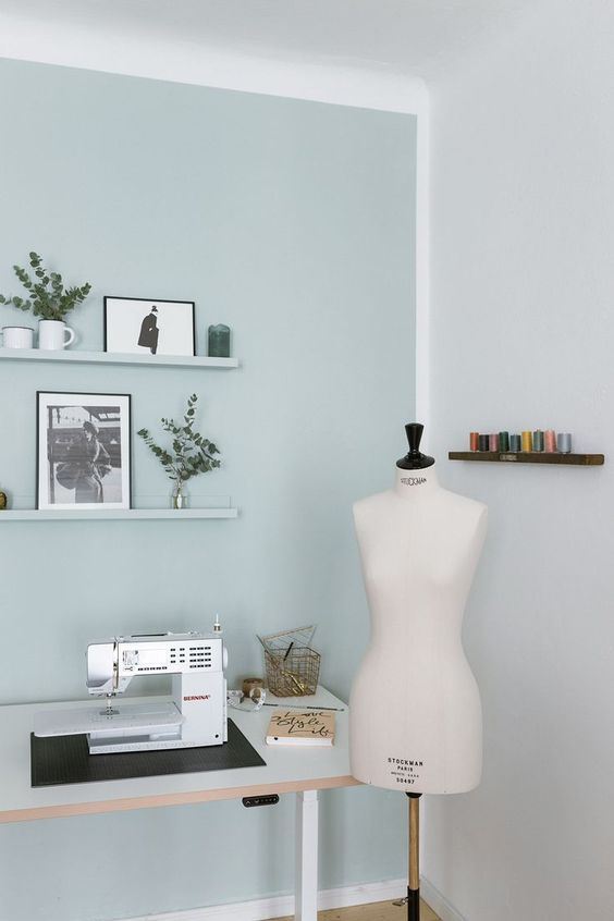 Atelier de couture à la maison