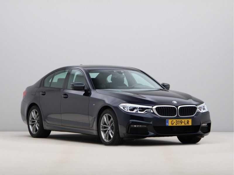 BMW 5 Serie 520i High Executive M-Sport afbeelding 5