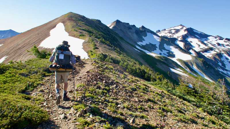 Walking to the Knife's Edge on the PCT