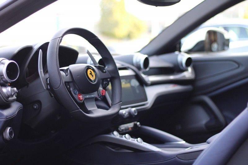 "Ferrari GTC4 Lusso 6.3 V12 2 years Ferrari warranty, HELE, Apple Carplay, Passenger Display, JBL, Pano, 20"" afbeelding 13"