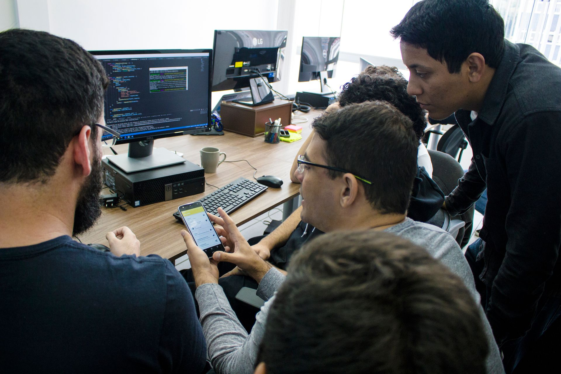 Desenvolvimento de sistemas web e mobile