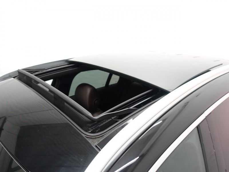 Mercedes-Benz GLC 250D 4MATIC 9G- AMG Sport Edition, Panoramadak, Leer, Full afbeelding 18