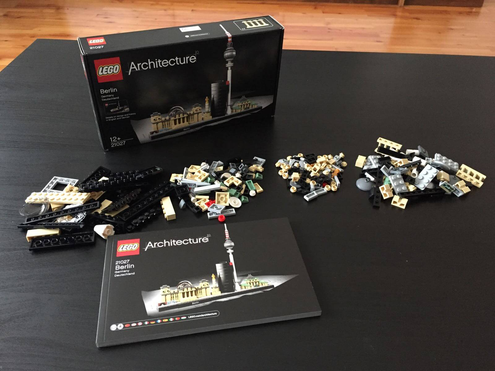 LEGO Architecture - Berlin: Unboxed