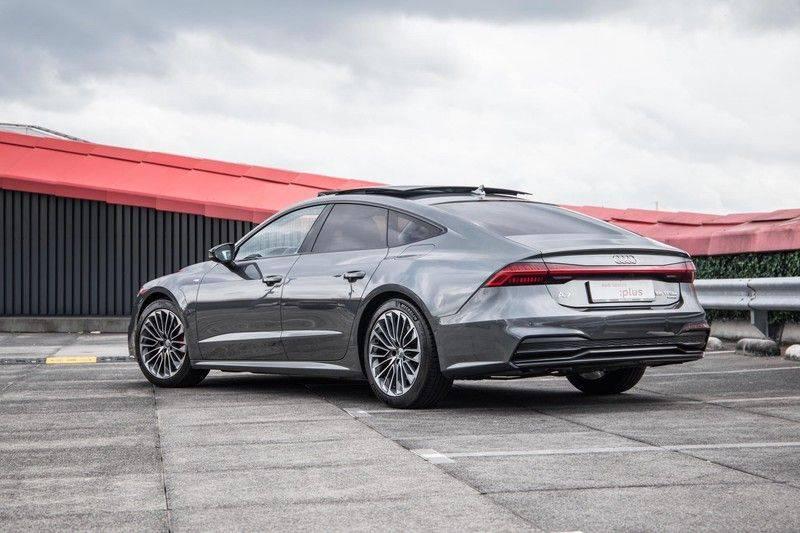 Audi A7 Sportback 55 TFSI e 367 pk Quattro Competition | Verlengde garantie | 2 x S-Line | Nachtzicht-assistent | panorama dak | Head-up display | Trekhaak | 360 camera | Stoelverwarming vóór en achter | afbeelding 17