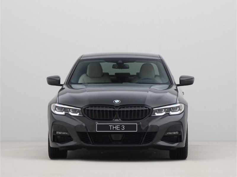 BMW 3 Serie Sedan 320i High Executive M-Sport Automaat afbeelding 13