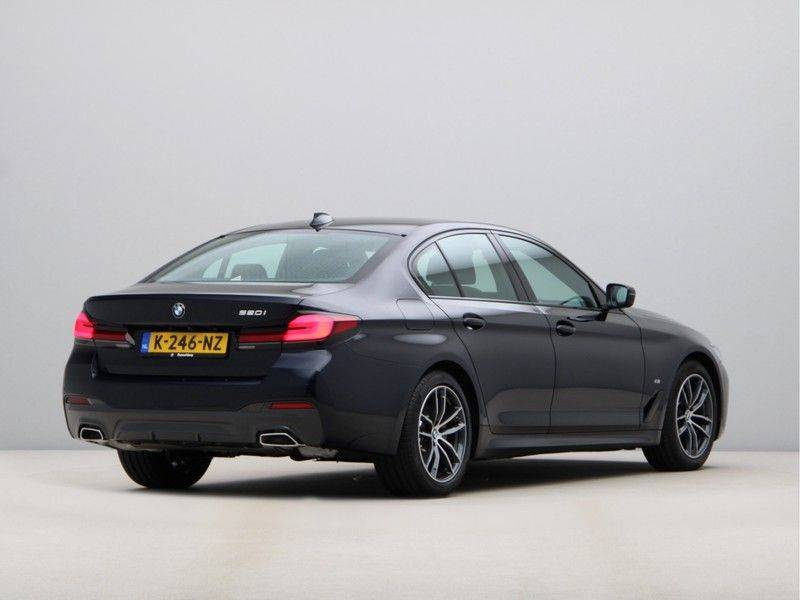 BMW 5 Serie 520i High Exe M-Sport Aut. afbeelding 9