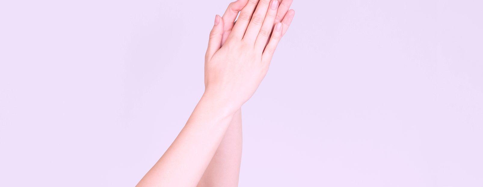 ¿Qué es la dishidrosis y cómo es el tratamiento para combatirla? - Featured image