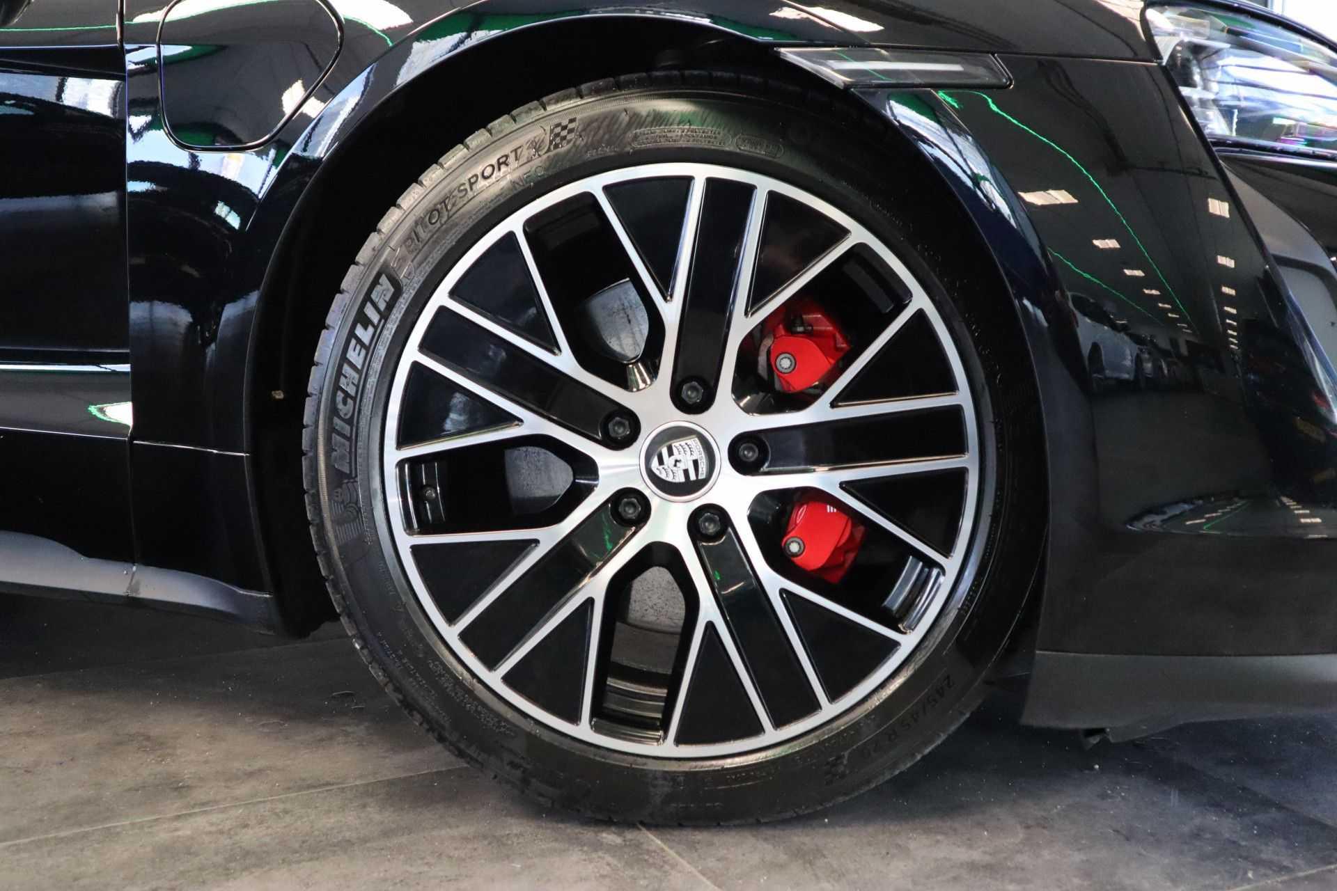 Porsche Taycan 4S Performance 571pk! Prijs = Ex.BTW Full-Led Sport-Chrono Panoramadak Warmtepomp afbeelding 37