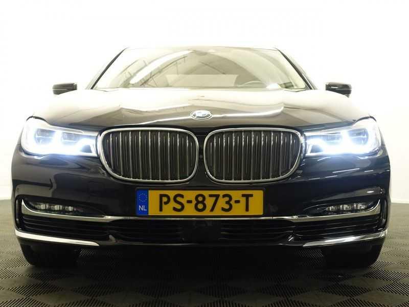 BMW 7 Serie 740D xDrive 320pk Individual M-Sport Aut8 Leer, 360 Camera, Full, 54 dkm afbeelding 13