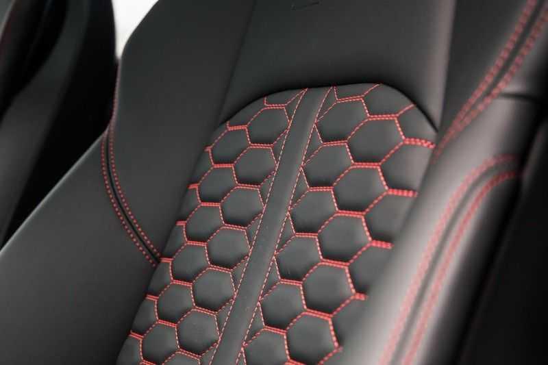 Audi A4 Avant 2.9 TFSI RS 4 quattro afbeelding 19