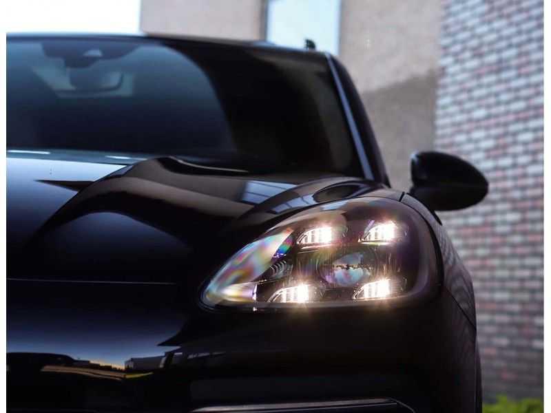 Porsche Cayenne 3.0 E-Hybrid *Pano*Chrono*ACC*PASM*HUD*Bose* afbeelding 12