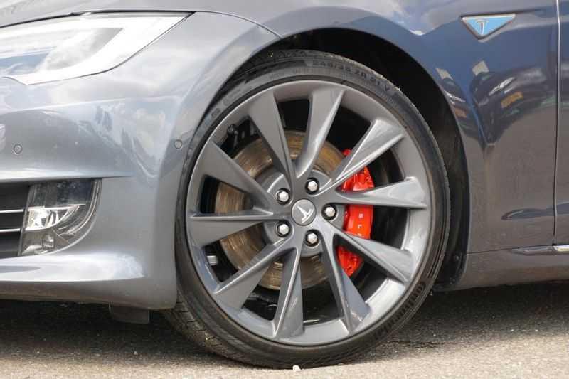 Tesla Model S P90D Performance Ludicrous 576pk / Autopilot / Pano / 21inch / Carbon / 162.500,- Nieuw afbeelding 2