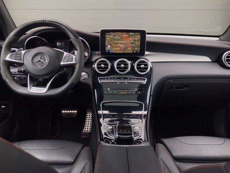 Mercedes-Benz GLC 43 AMG 4MATIC 367PK ACC, Pano, Memory Seats, 360* Camera, Luchtvering, Command Online, Lane Assist, 20INCH afbeelding 12