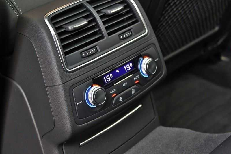 Audi RS6 4.0 V8 560pk Quattro **Carbon in.ext./HUD/Pano.dak/ACC/Bang.Olufsen** afbeelding 21
