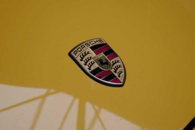 Porsche 911 3.8 Carrera S Handgeschakeld afbeelding 8