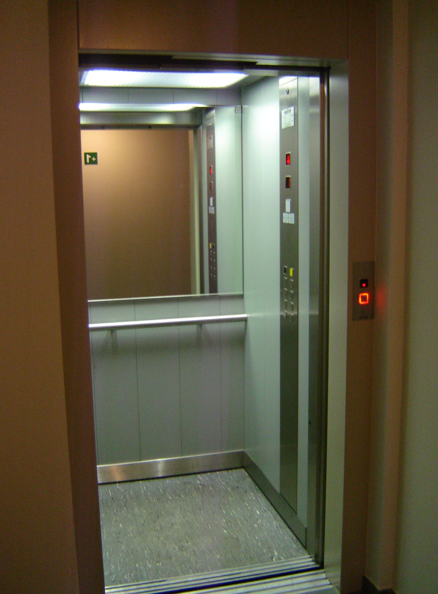 Machinekamerloze elektrische lift