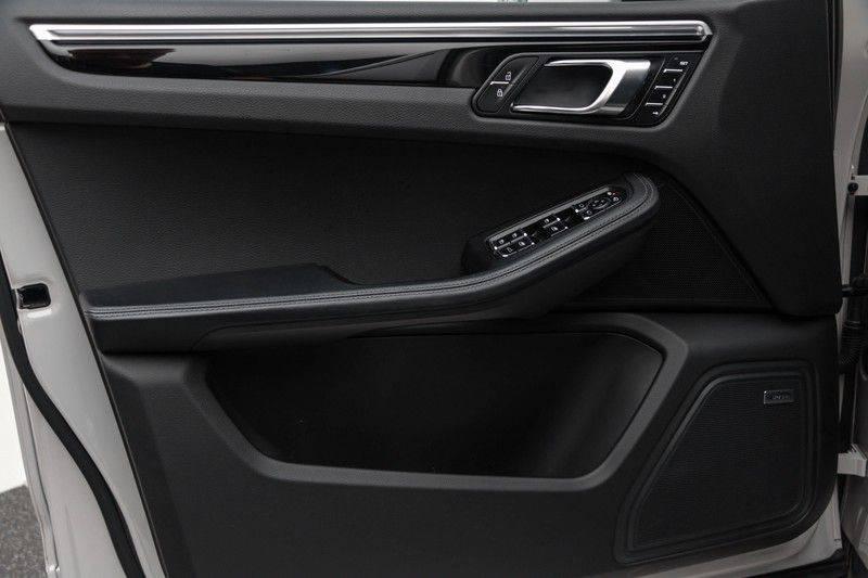 Porsche Macan 3.0 S 354pk PDK Black Design Nieuw Model (Krijt) Luchtvering Panoramadak ACC Sportleder+Memory Full-Led Bochtenverlichting Navi/High Privatglass AppleCarplay 21'' Camera Pdc Trekhaak afbeelding 14