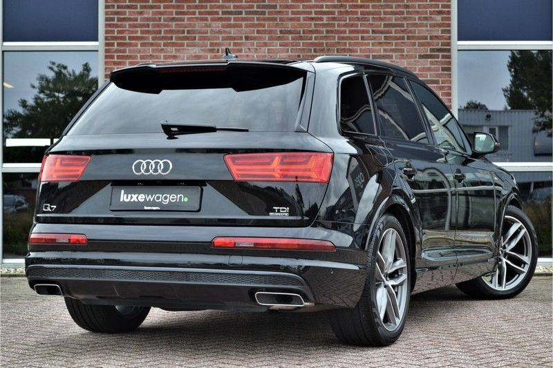 Audi Q7 3.0 TDI quattro 272pk S-Line 7p Pano Lucht Nachtz Trekh 4wielbest HUD ACC 360 afbeelding 2