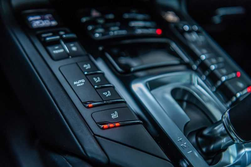 Porsche Cayenne 3.6 GTS, 441 PK, Sport/Design, 18/Way Seats, PASM, Pano/Dak, Bose, Soft/Close, Sportuilaat, 84DKM!! afbeelding 19