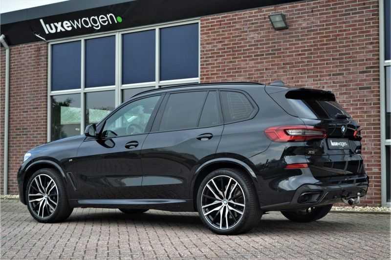"BMW X5 M50d 400pk Skylounge Luchtv DA+ PA+ Trekh NL-auto 22"" Comfortzetels afbeelding 12"