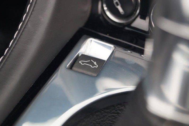 Aston Martin DBS Volante 6.0 V12 6-Speed Manual *!*Only 43 worldwide*!* afbeelding 16