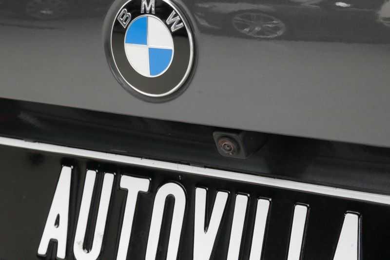 BMW 1 Serie M135i xDrive High Executive Virtual - Led - Panodak afbeelding 16