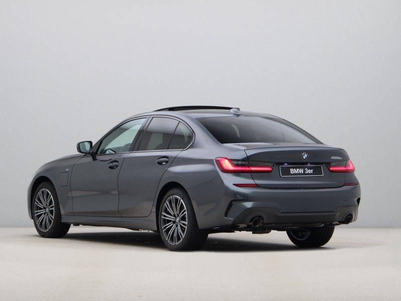 BMW 3 Serie 320e High Exe M-Sport Aut. Hybrid afbeelding 11