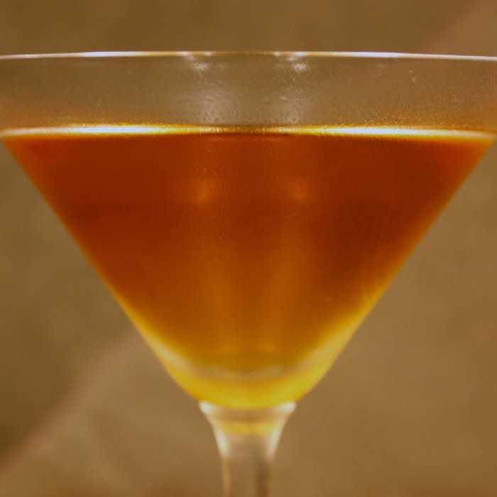 Amaretto Stinger Cocktail