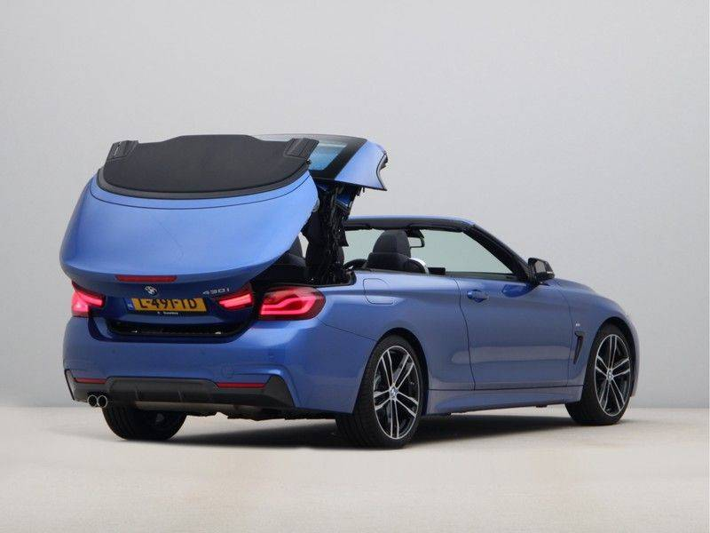 BMW 4 Serie Cabrio 430i High Exe M-Sport afbeelding 21