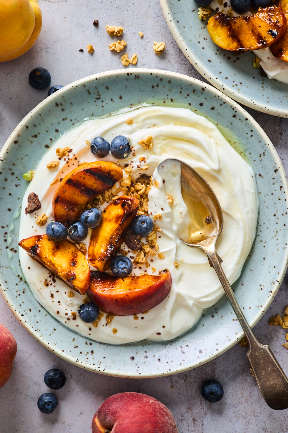 Grilled Peach and Blueberry Yoghurt Parfaits