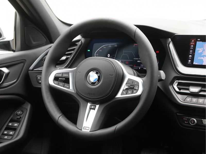 BMW 1 Serie 118i High Executive Edition Sport Line afbeelding 8