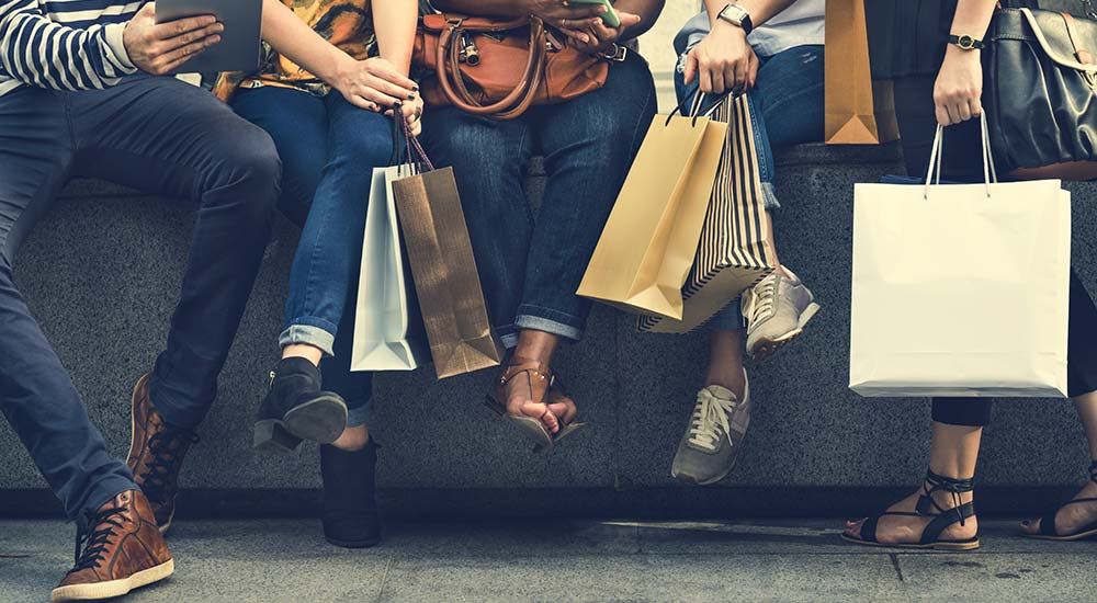 Accruent - Resources - Blog Entries - Deliver on New Retail Trends by Optimizing Your Operations - Hero
