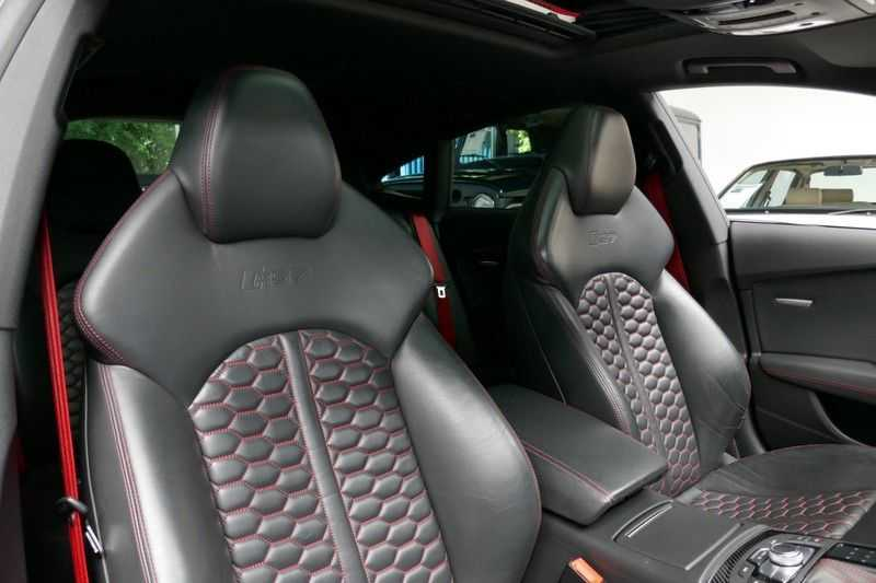 Audi RS7 Sportback A7 4.0 TFSI quattro Pro Line plus B&O - Ceramic brakes afbeelding 15