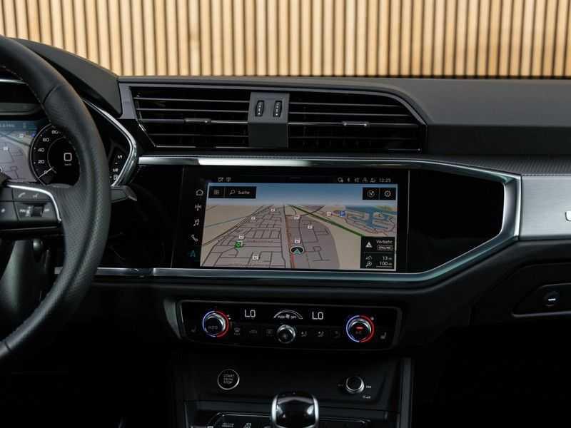 """Audi Q3 45 TFSI e S Edition 20"""", B&O, PANO, LED, B&O, S-LINE afbeelding 25"""