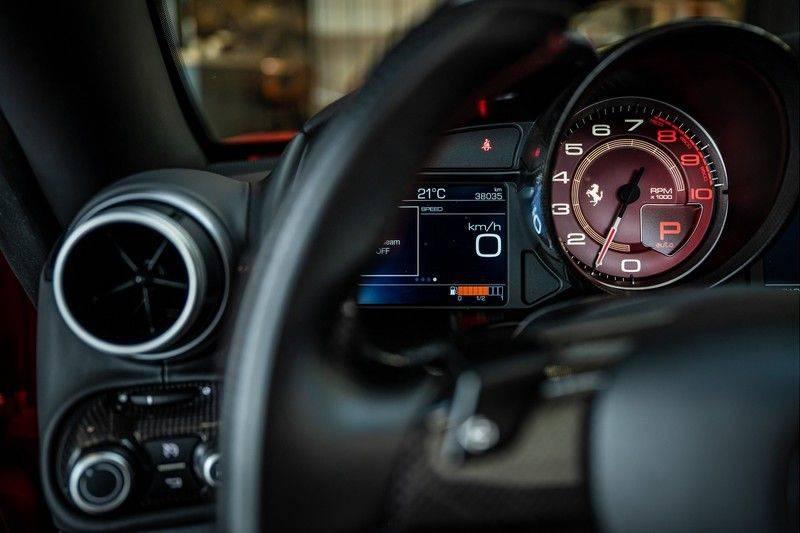 Ferrari Portofino 3.9 V8 HELE   TwoTone Exclusive   Carbon   Passengerdisplay   Memory   Sportstoelen afbeelding 12